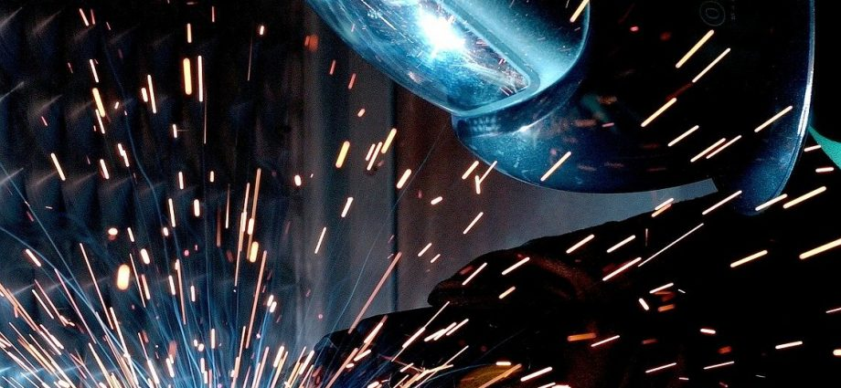 Obróbka skrawaniem - produkcja w przemyśle